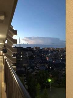 180825 18h40 東京方面の雲.jpg